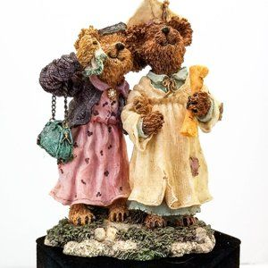 Boyds Bears & Friends Graduation Figurine 1E/5584